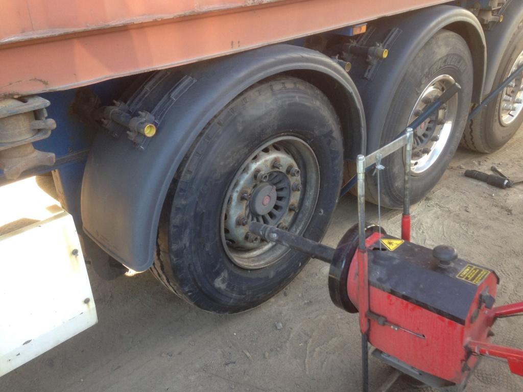 инструкция по замене колеса грузового автомобиля дерево давних